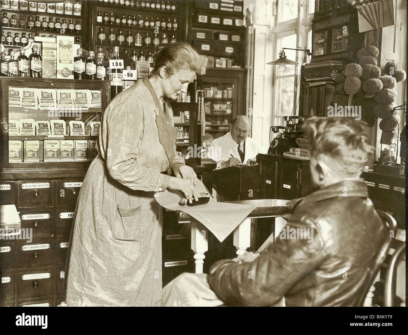medicine pharmacy s of medicinal drugs hamburg medicine pharmacy s of medicinal drugs hamburg circa 1929