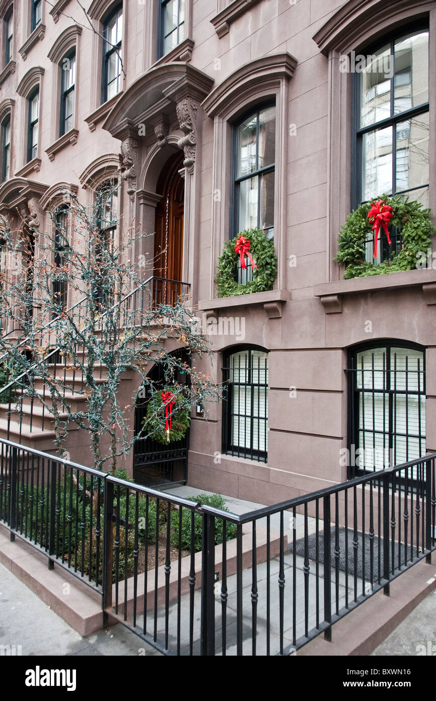 Row Of Beautiful Old Brownstones With Christmas Wreaths