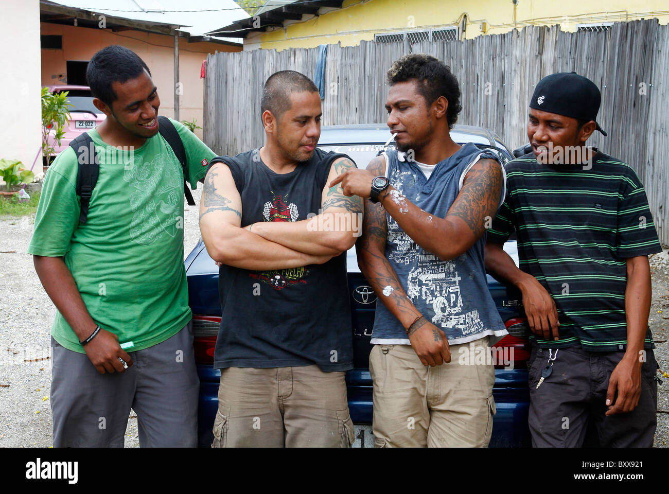 juvenile gangs Juvenile and youth gangs - history, scope of gang problems, correlates of gang proliferation, gangs and crime, drugs and gangs.