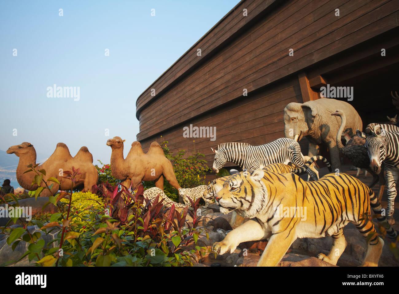 animal sculptures at noah u0027s ark full size replica ma wan hong
