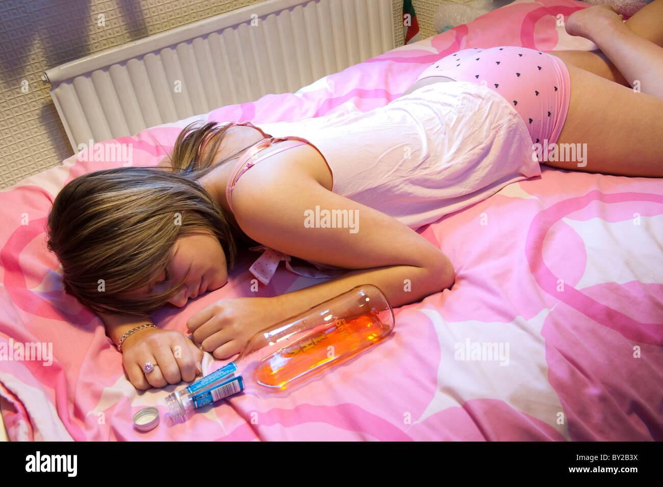 Drunken teens net drunk