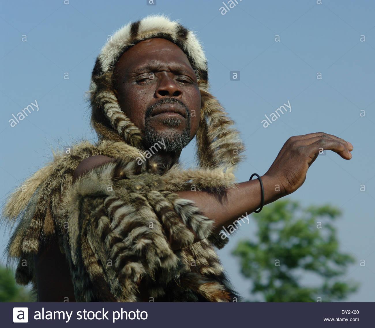 Zulu traditional dress in zulu kraal kwazulu natal - Portrait Of An Old South African Zulu Man Alone Kwa Zulu Natal South Africa