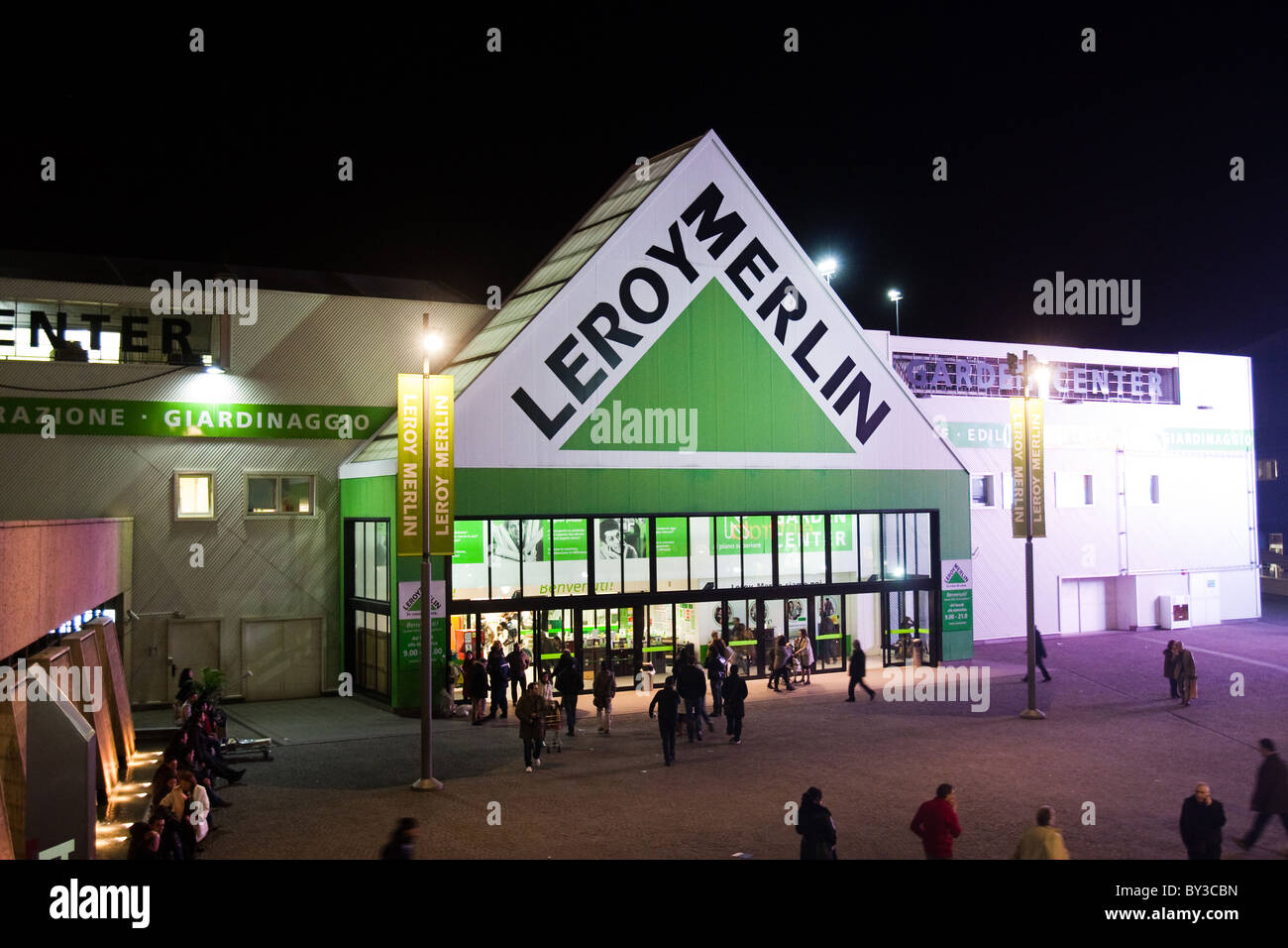 Free Leroy Merlin Home Hypermarket Hardware Company Store In Rome Italy  Europe With Store Leroy Merlin