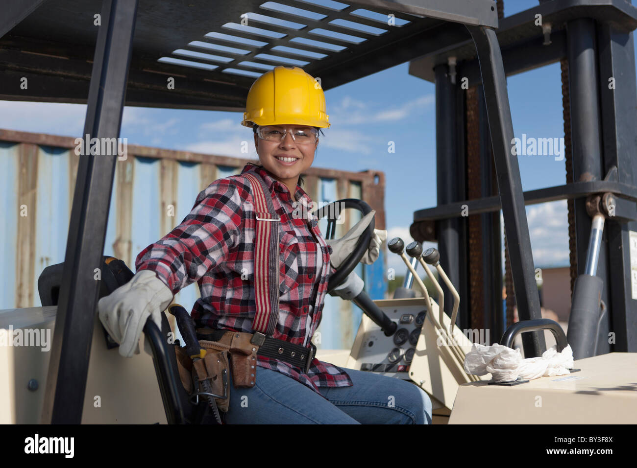 All female construction workers are lesbian 4