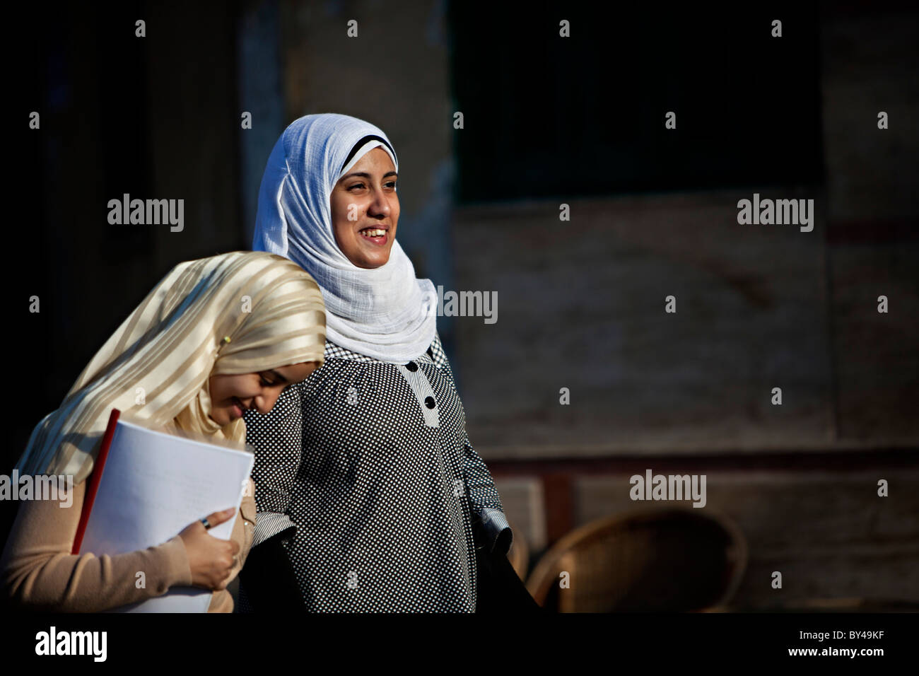 """cairo muslim single women Cairo — many muslim women in egypt wear the hijab by choice for them, it represents piety - and in egypt, religion is in fashion """"i wear it to get closer to god."""