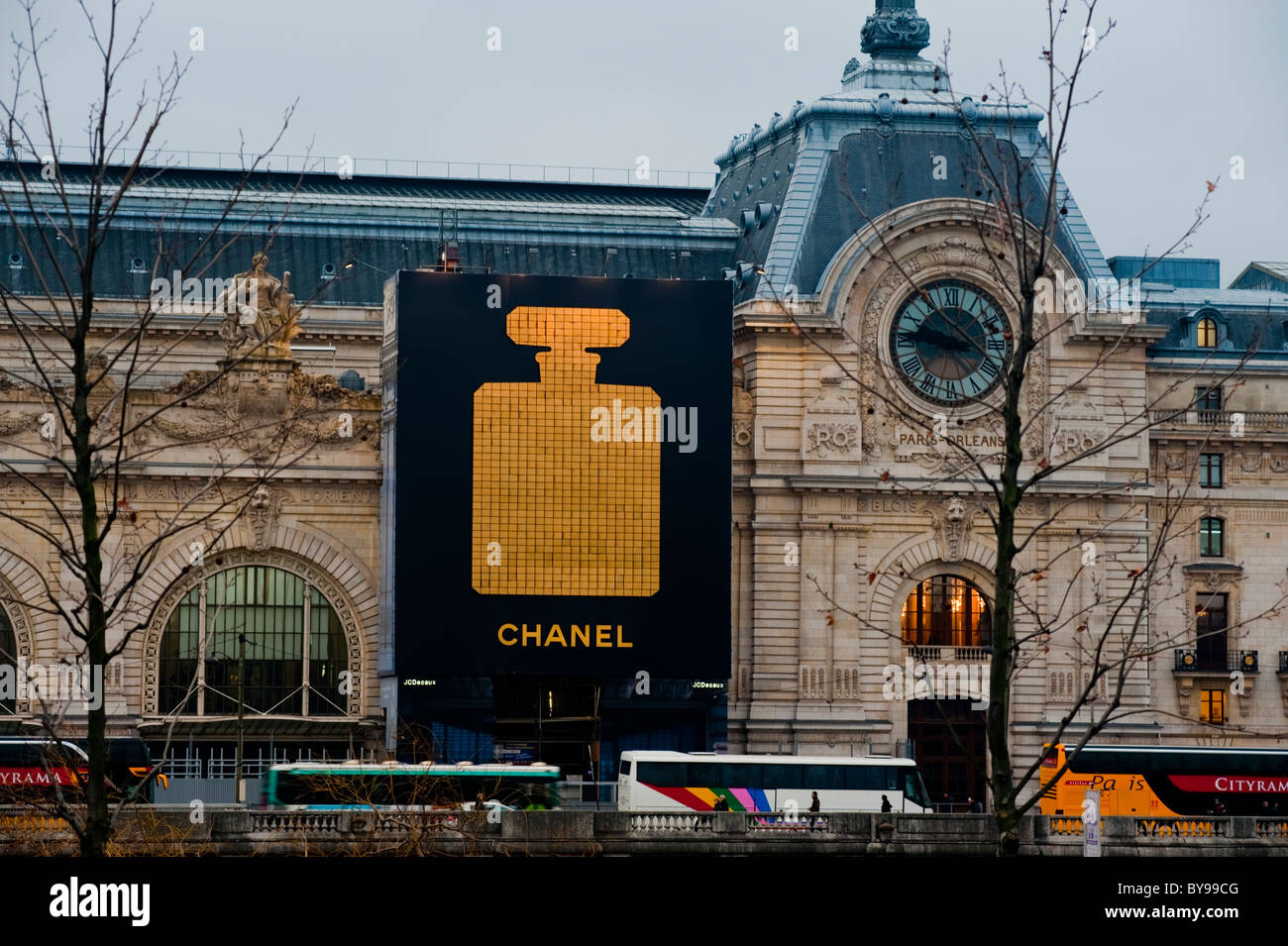 Paris france french advertising on orsay museum facade for Chanel locations in paris