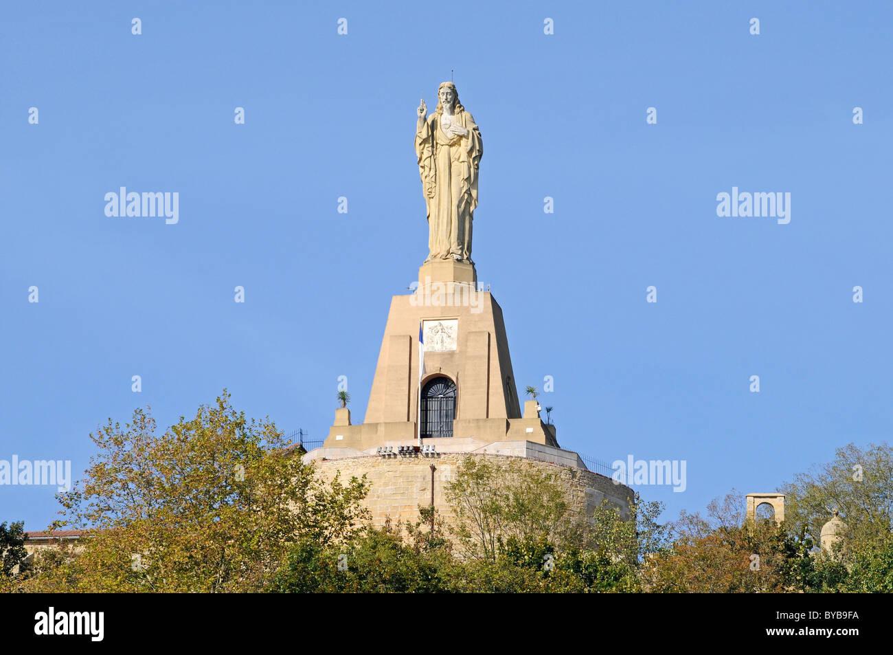 Statue of jesus christ mt monte urgull san sebastian - San sebastian pais vasco ...