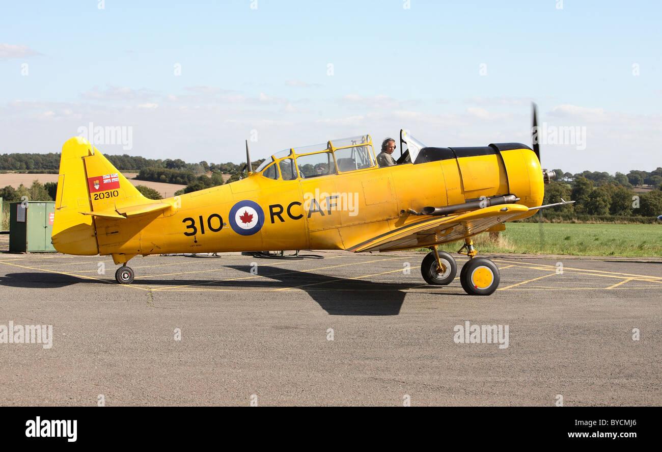 Harvard T6 J mk4 dive bomber trainer Stock Photo, Royalty ...