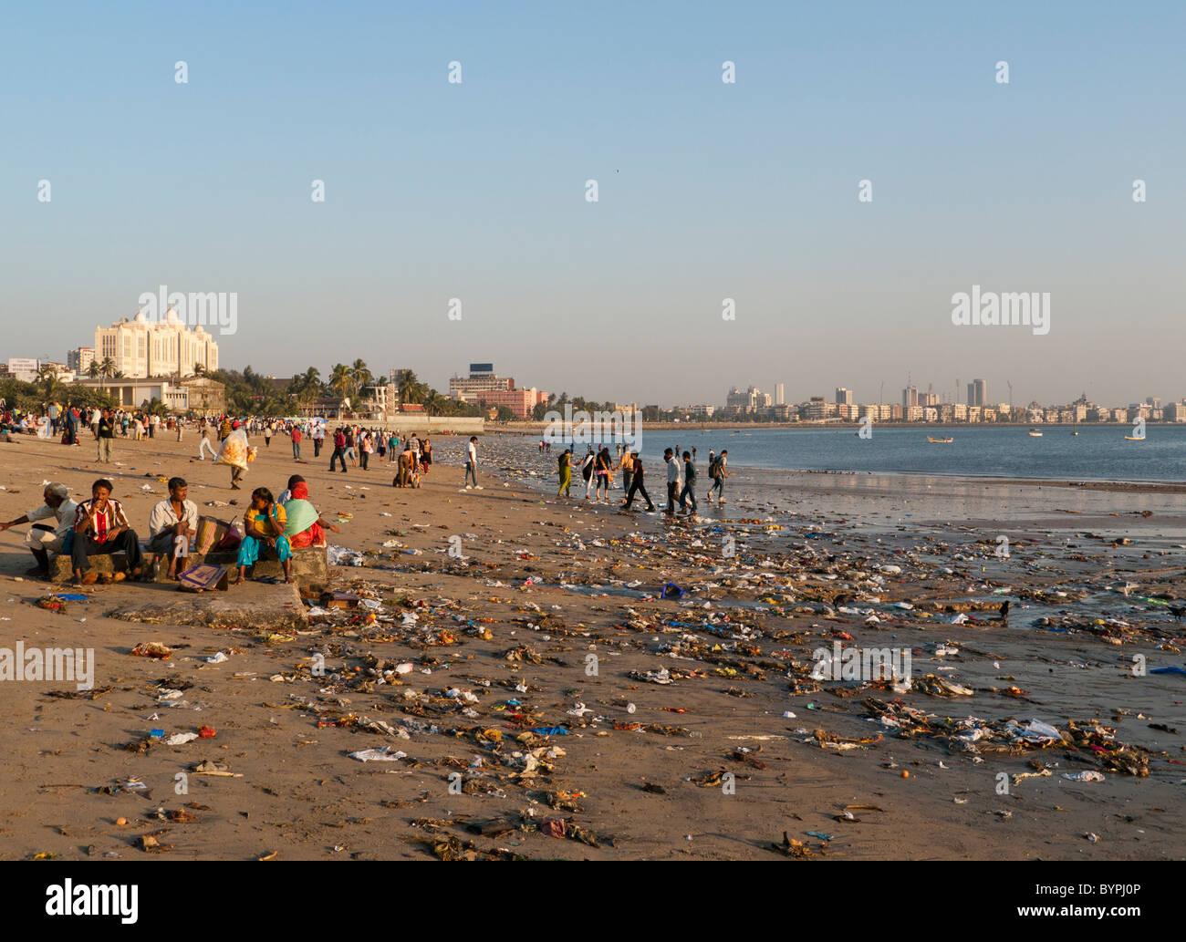 Resultado de imagem para Chowpatty Beach - Mumbai - Índia