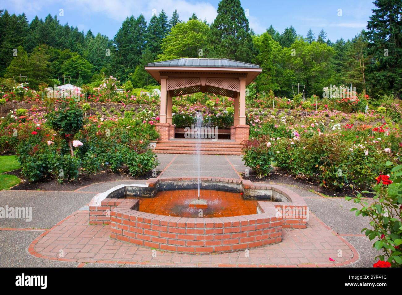 Fountain and gazebo in portland rose garden portland for Garden statues portland oregon