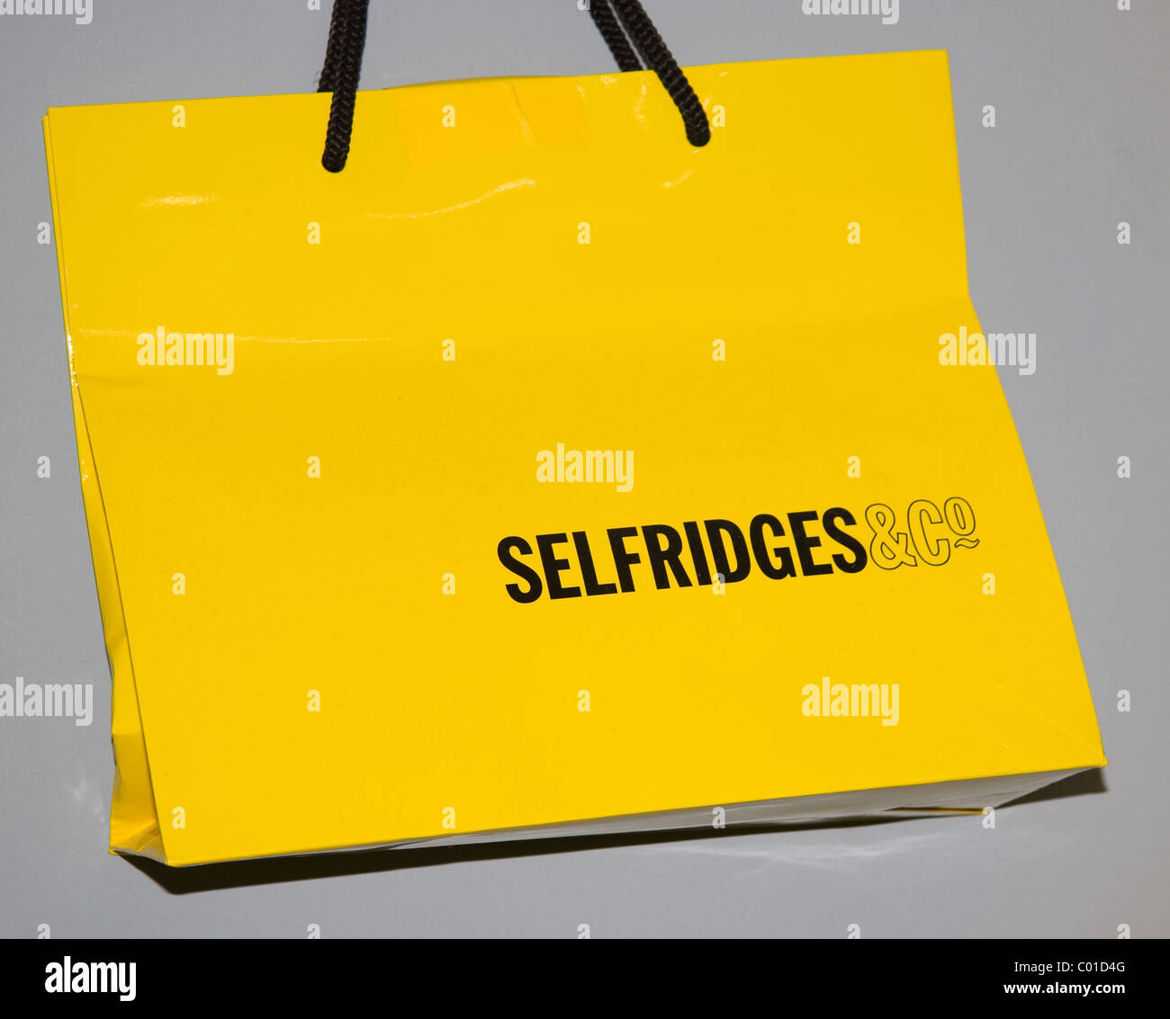 Selfridges Bag Stock Photos & Selfridges Bag Stock Images - Alamy