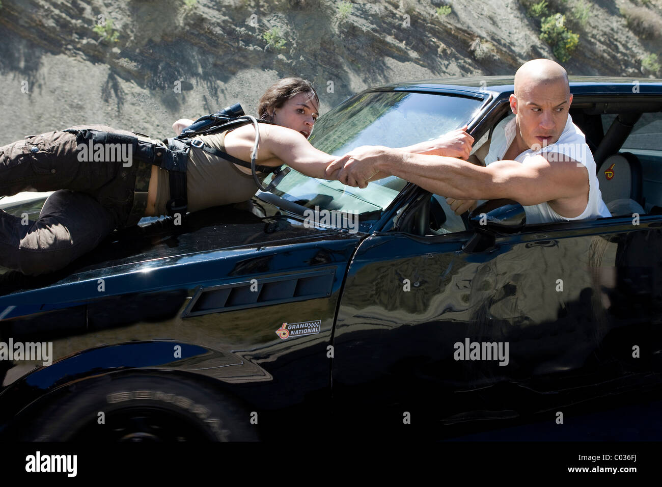 Michelle rodriguez vin diesel fast furious the fast and the furious 4 2009