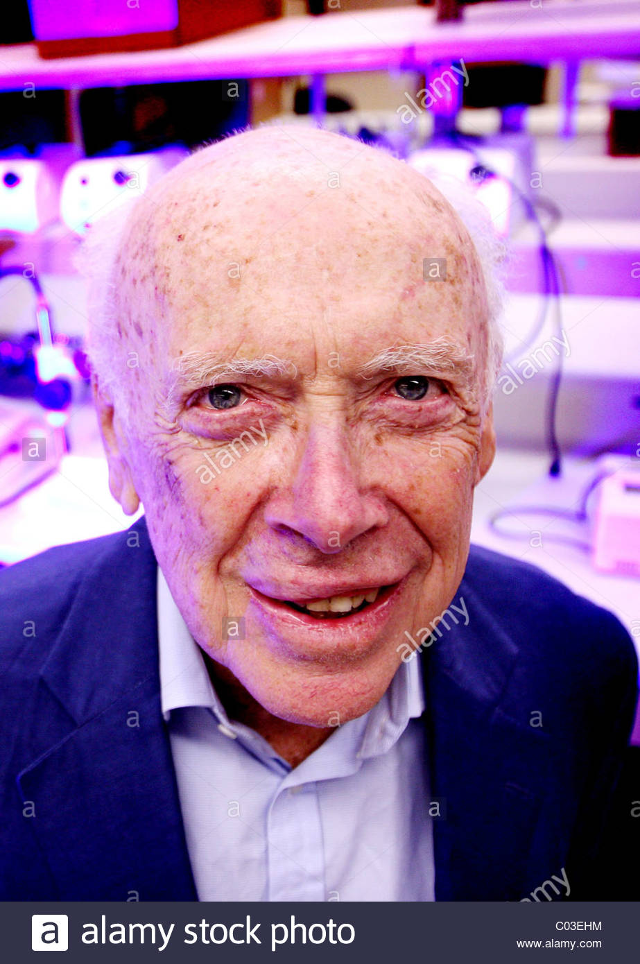 biographical sketch of james dewey watson a scientist The life of james dewey watson  discovery to an important question in science james watson was a part of the human genome project  james watson - biographical.