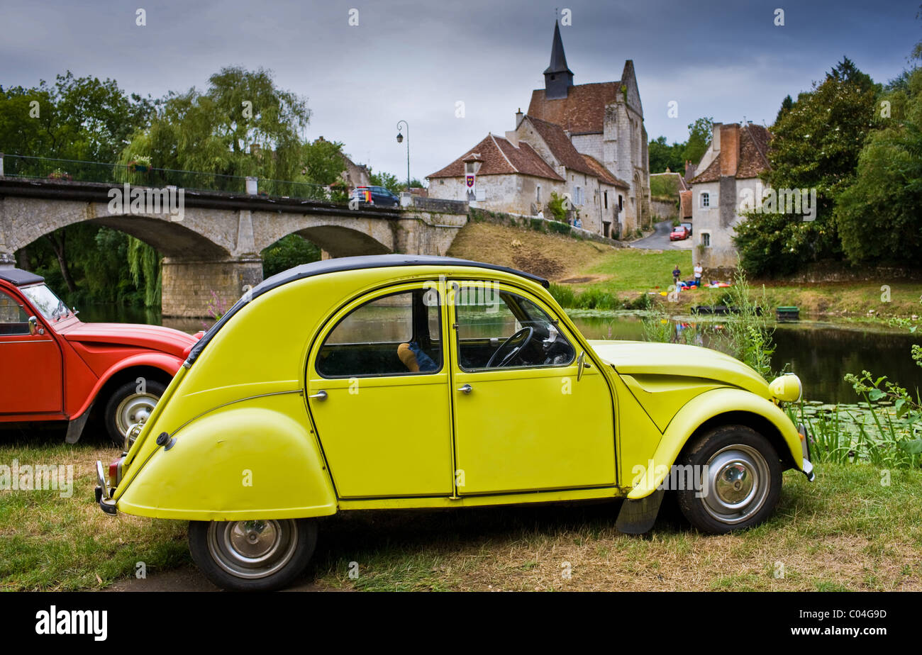 traditional french citroen deux chevaux 2cv cars at angles sur stock photo royalty free image. Black Bedroom Furniture Sets. Home Design Ideas