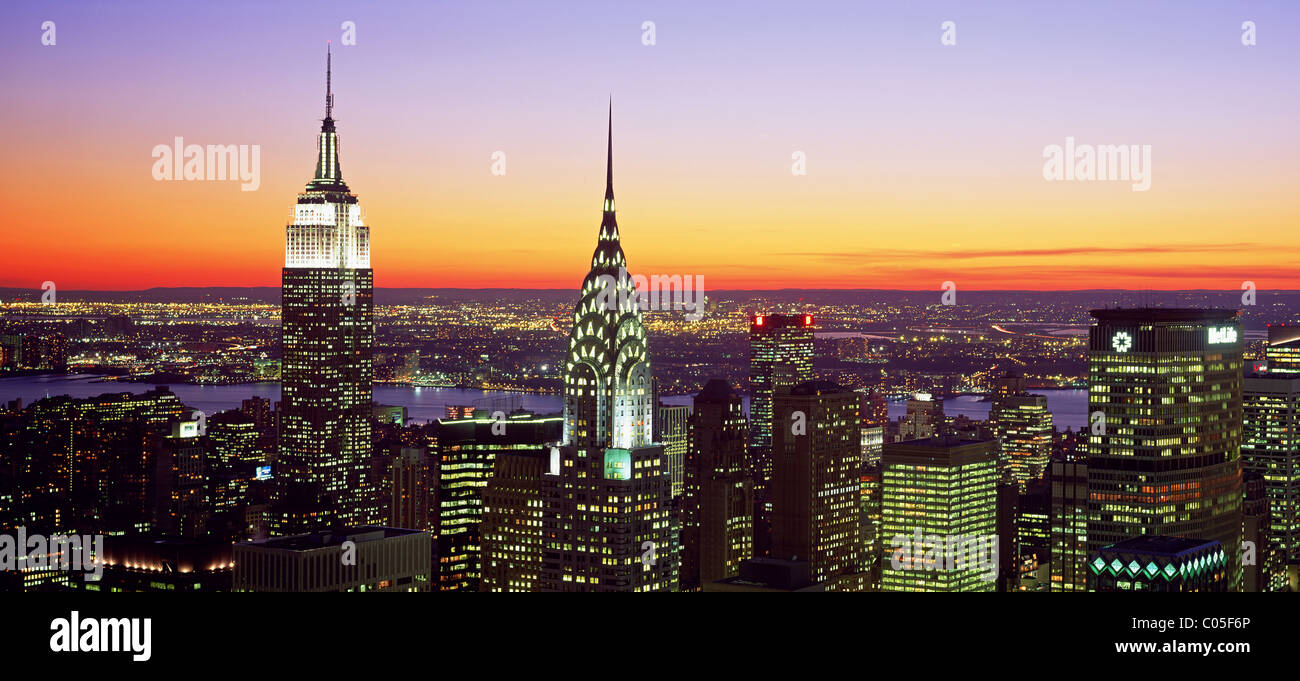 new york city skyline looking west with the empire state. Black Bedroom Furniture Sets. Home Design Ideas