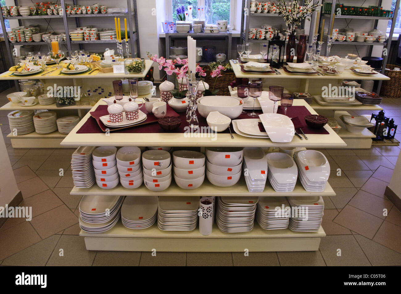 Villeroy boch china shop factory outlet at wadgassen germany stock photo royalty free image - Villeroy boch fliesen outlet ...