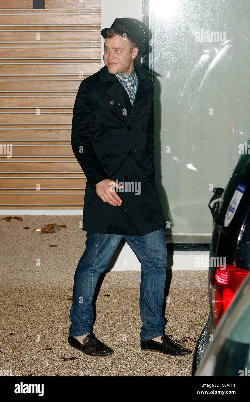 Olly murs black t shirt x factor - X Factor Finalist Olly Murs Outside The X Factor House London England