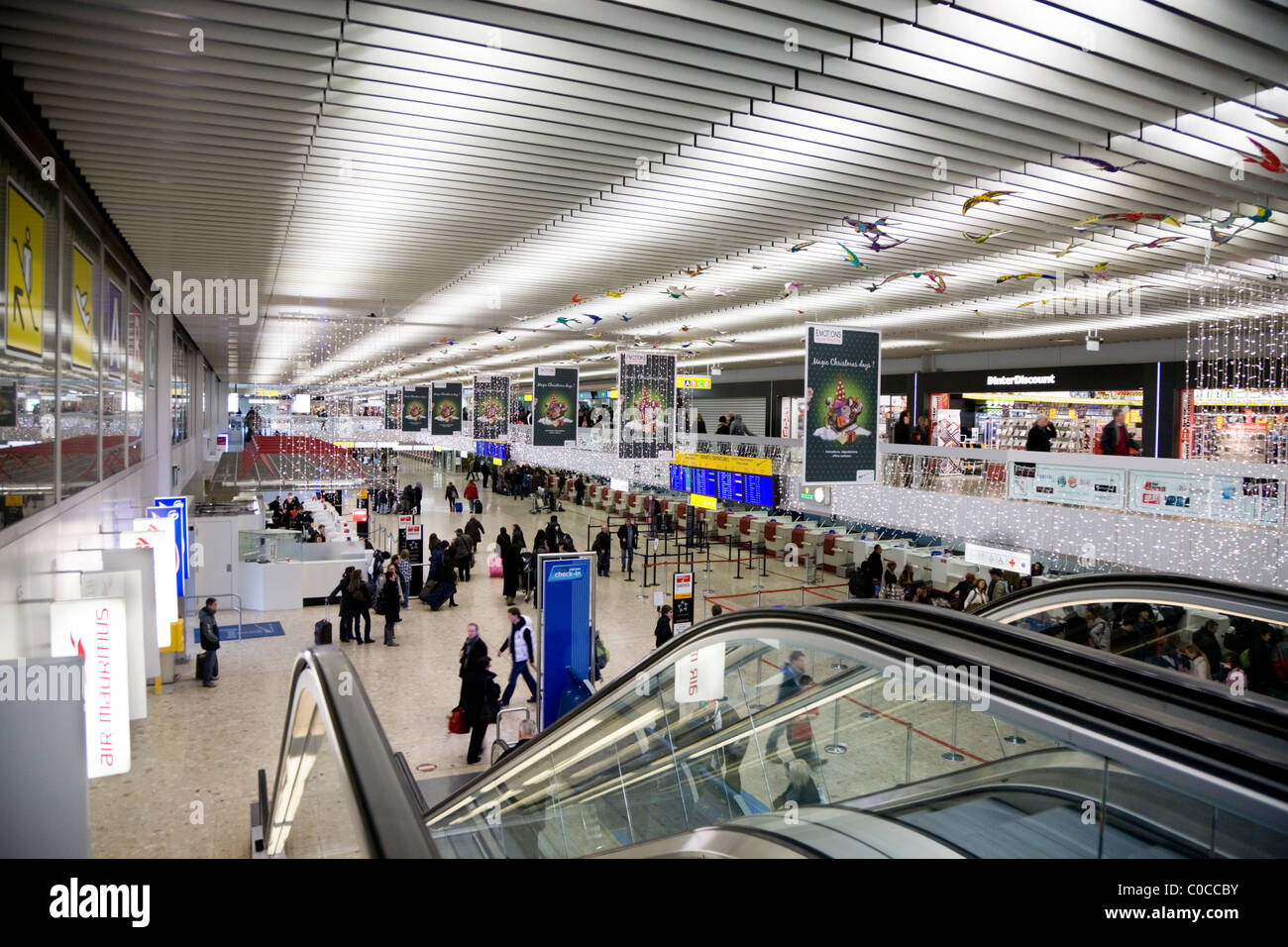 main international terminal departure hall check in area desks stock photo 34693903 alamy. Black Bedroom Furniture Sets. Home Design Ideas