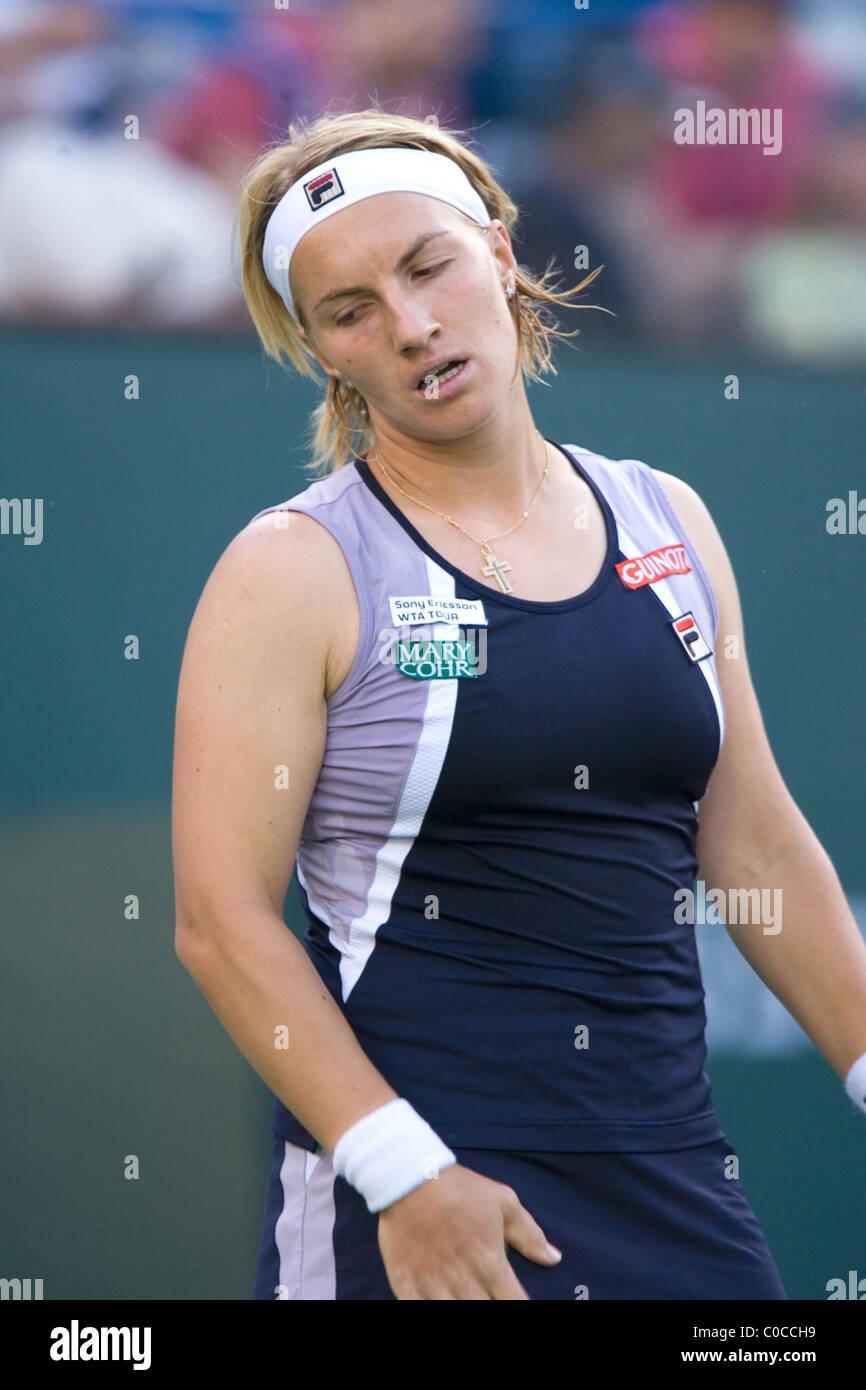 Maria Sharapova plays Svetlana Kuznetsova Pacific Life Open Tennis