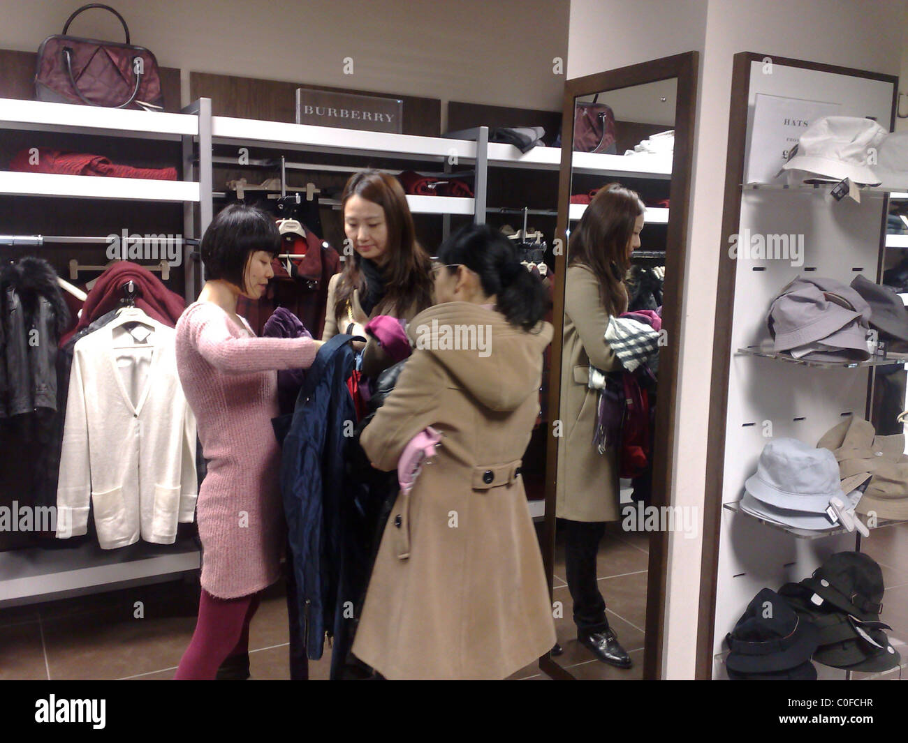 burrberry outlet shsd  CHINESE SHOPPERS AT BURBERRY OUTLET DISCOUNT STORE IN HACKNEY, LONDON