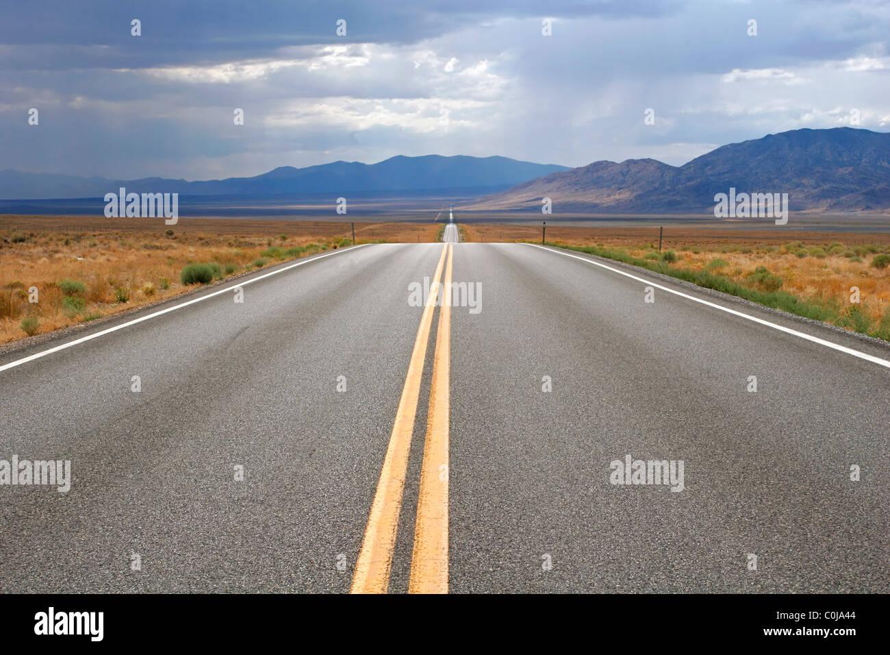 the-loneliest-road-in-america-us-50-in-n