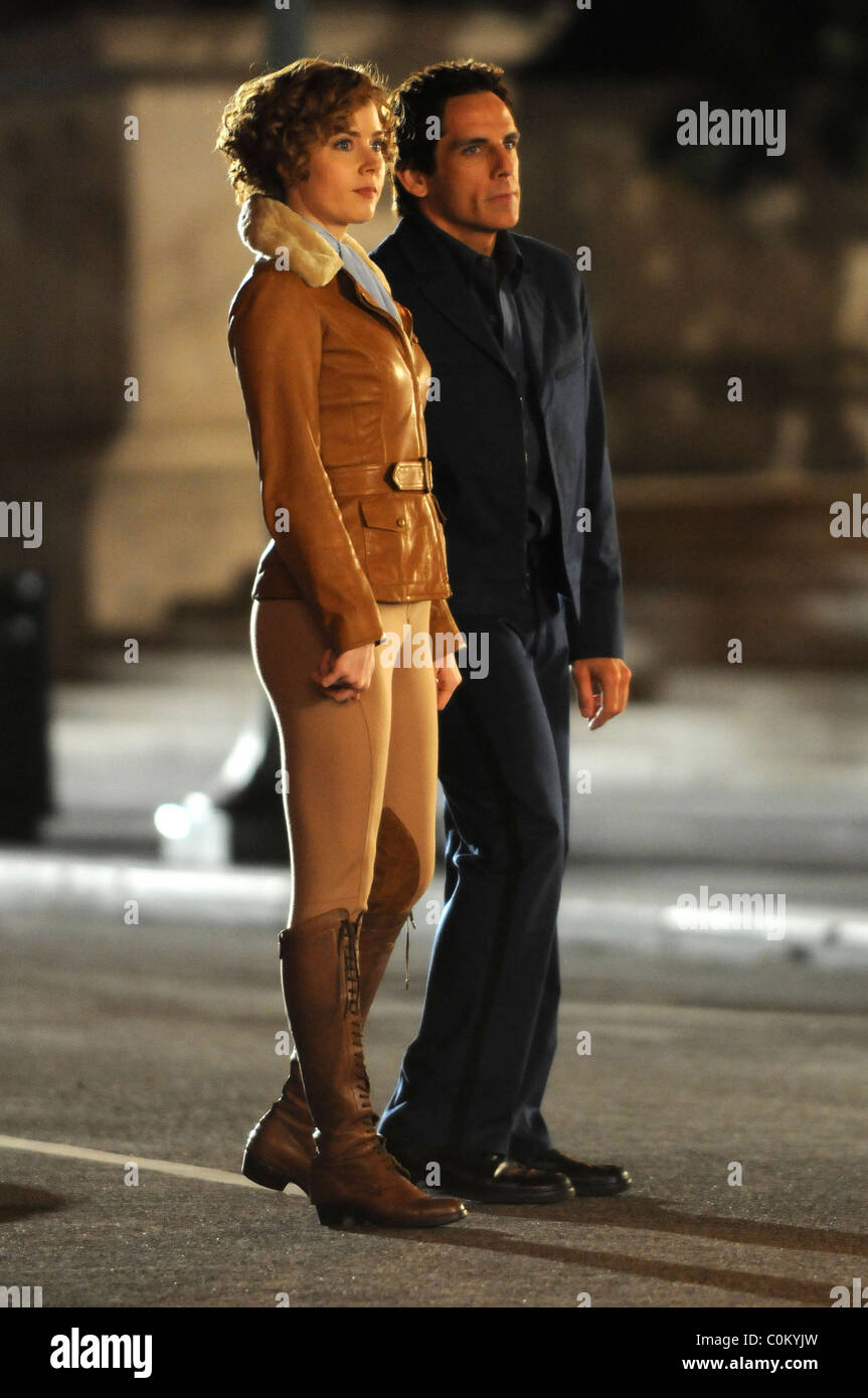 Amy Adams And Ben Stiller On The Film Set Of Night At The Museum - Film museums in usa