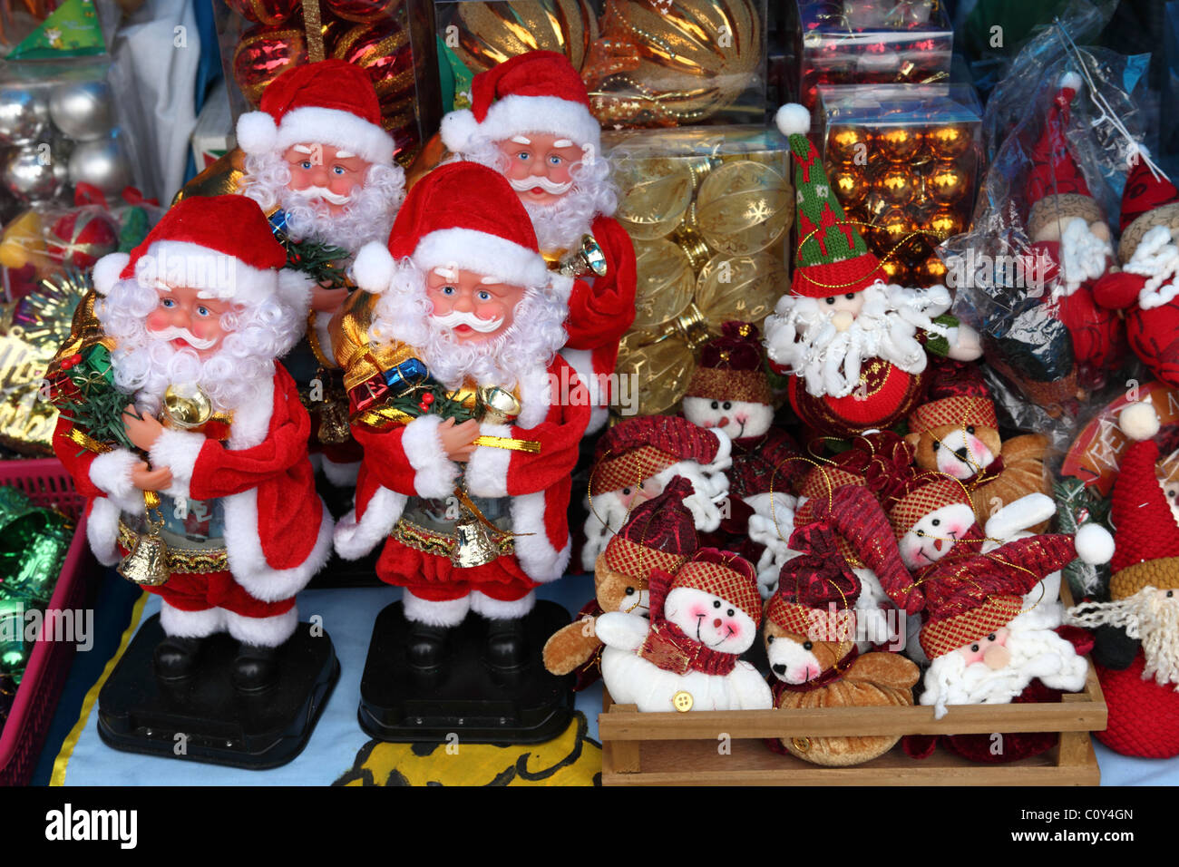 Toys From Santa : Santa claus figures and soft toys for sale in christmas
