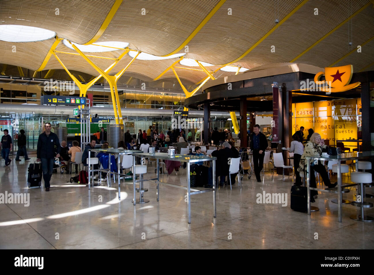 Madrid barajas airport arrivals gallery for Gallery mall madrid