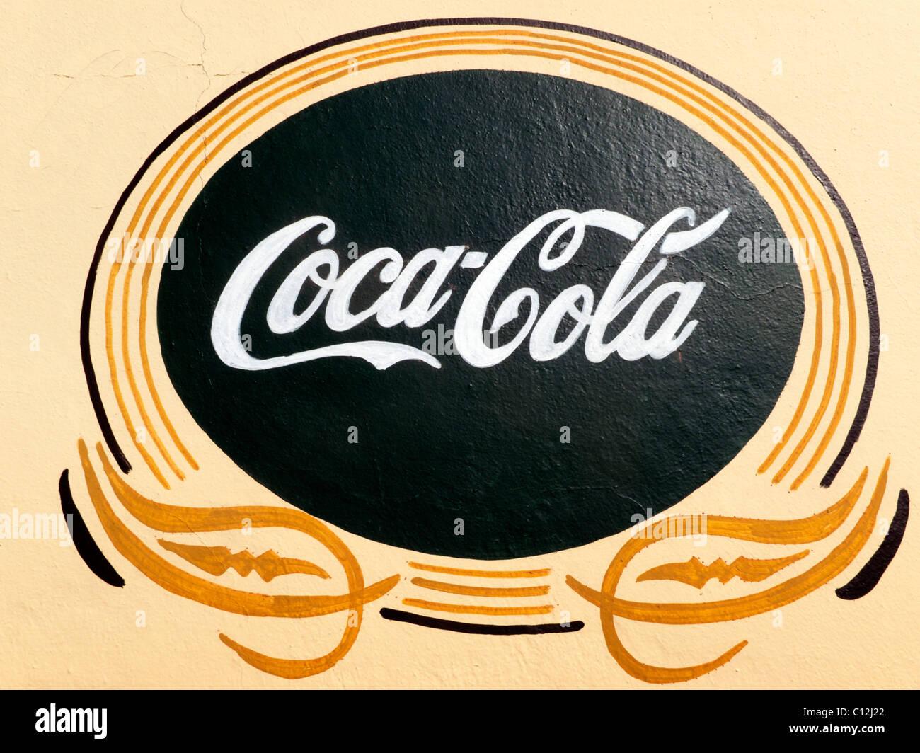 Vintage coca cola logo the image kid - Nevera coca cola retro ...