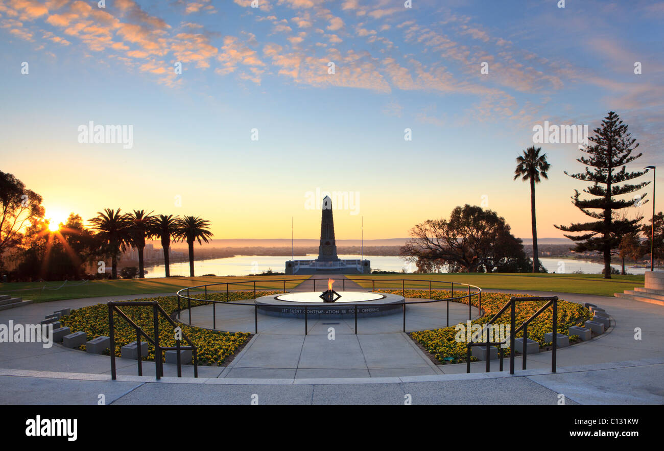 Flame Of Remembrance Pool Of Reflection And War Memorial At Sunrise Stock Photo Royalty Free