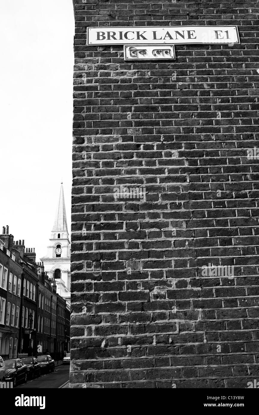 Brick Lane: Brick Lane, Old Victorian Street, London Stock Photo