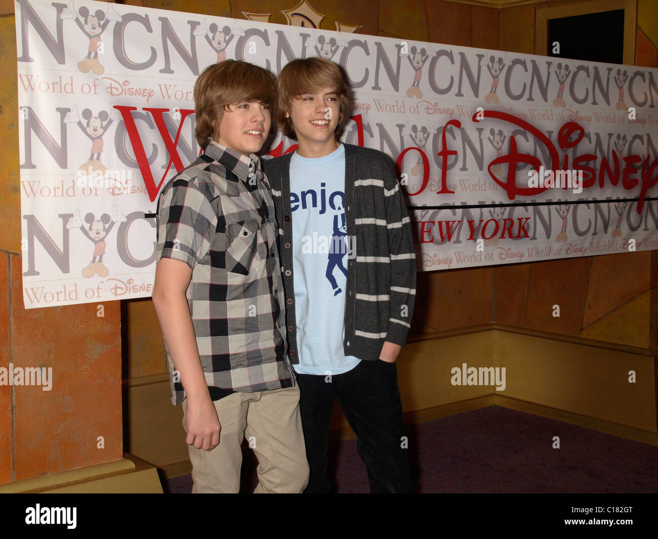 Dylan sprouse and cole sprouse the cast of the suite life on deck dylan sprouse and cole sprouse the cast of the suite life on deck meet fans at the world of disneys store new york city usa kristyandbryce Choice Image