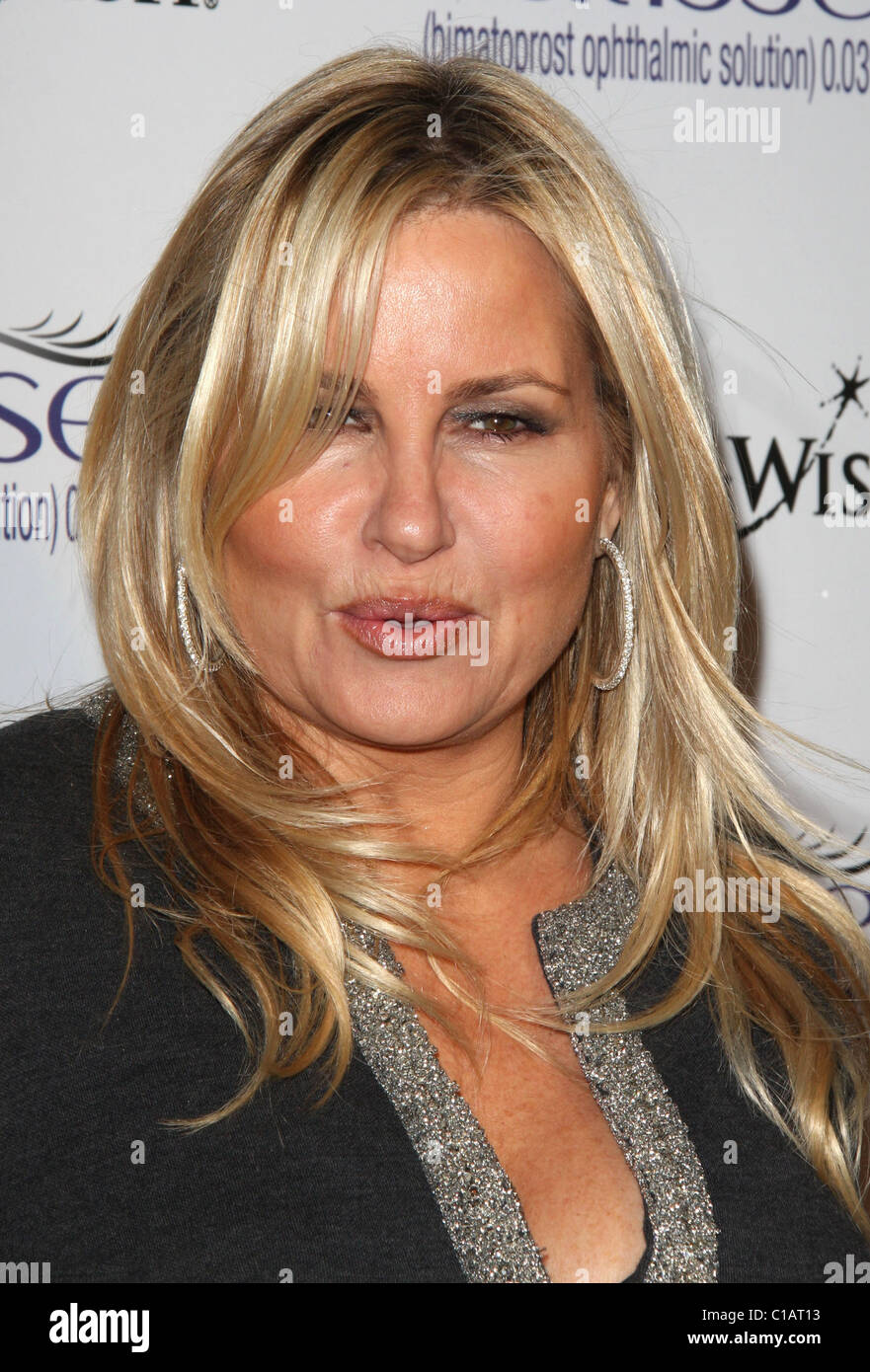 Jennifer Coolidge address