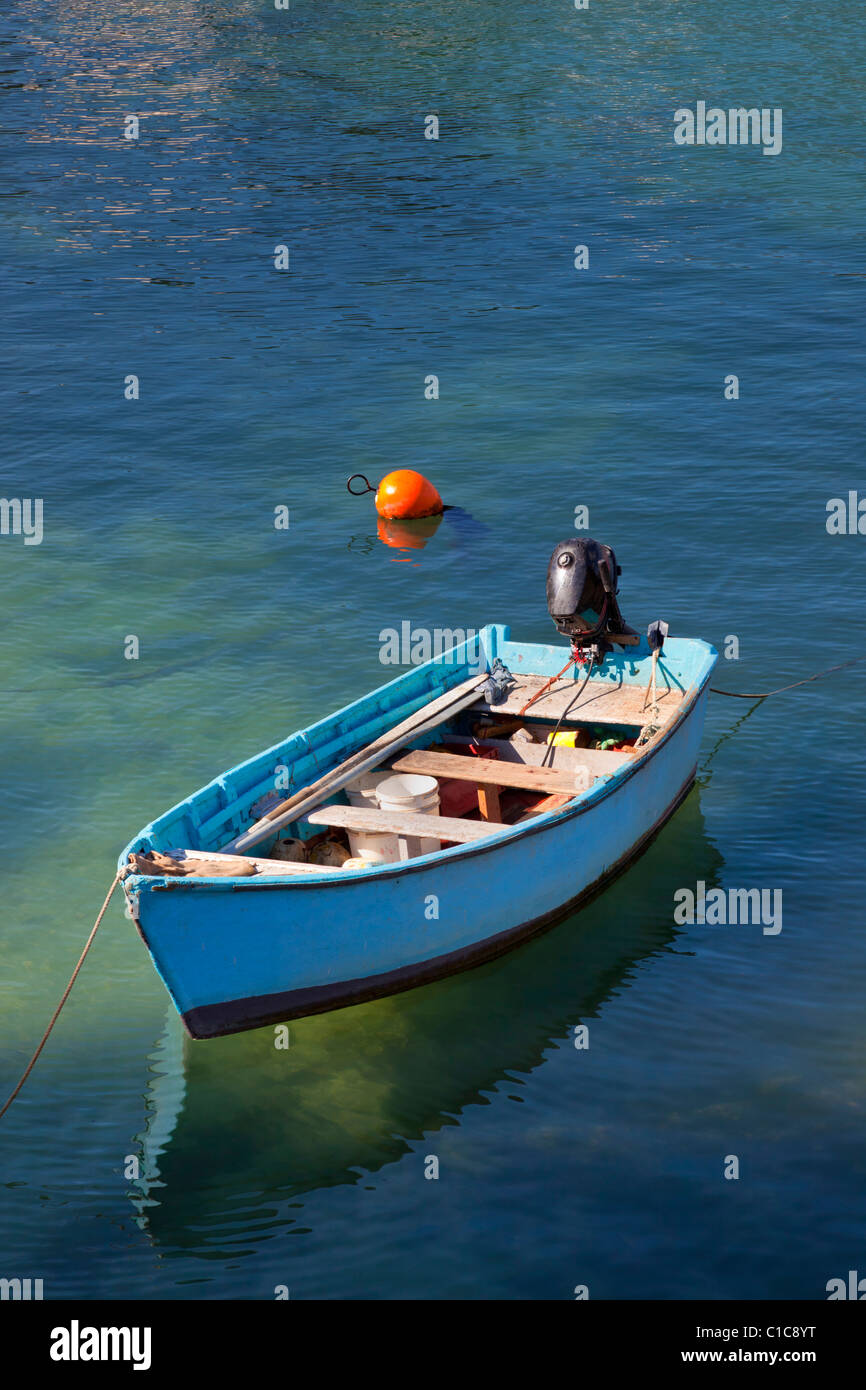 Small fishing boat images galleries for Best small fishing boat