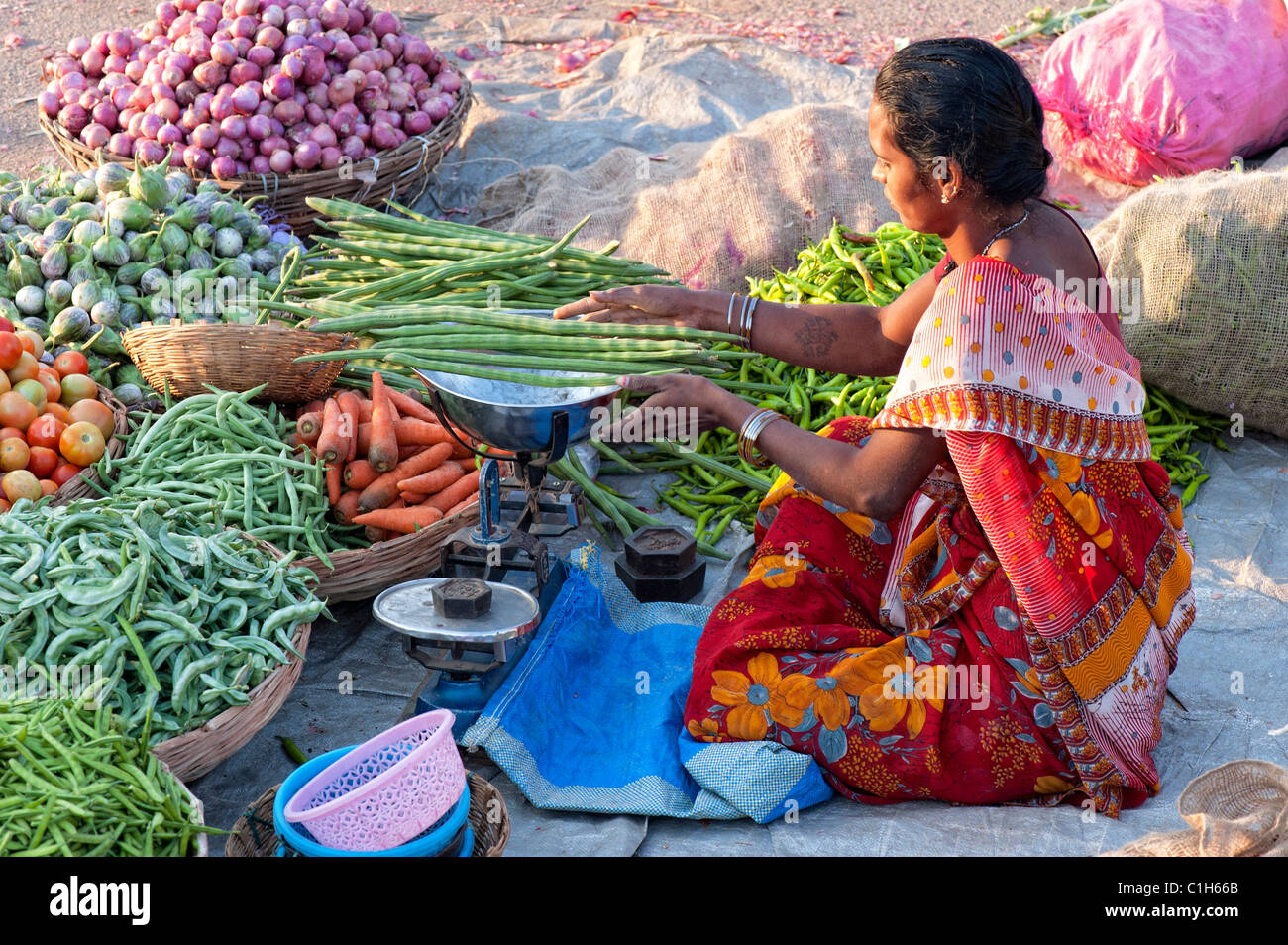 hindu single women in new market The status of women in india has been subject to many great changes over the past  issues in contemporary indian feminism new delhi: kali for women & women.