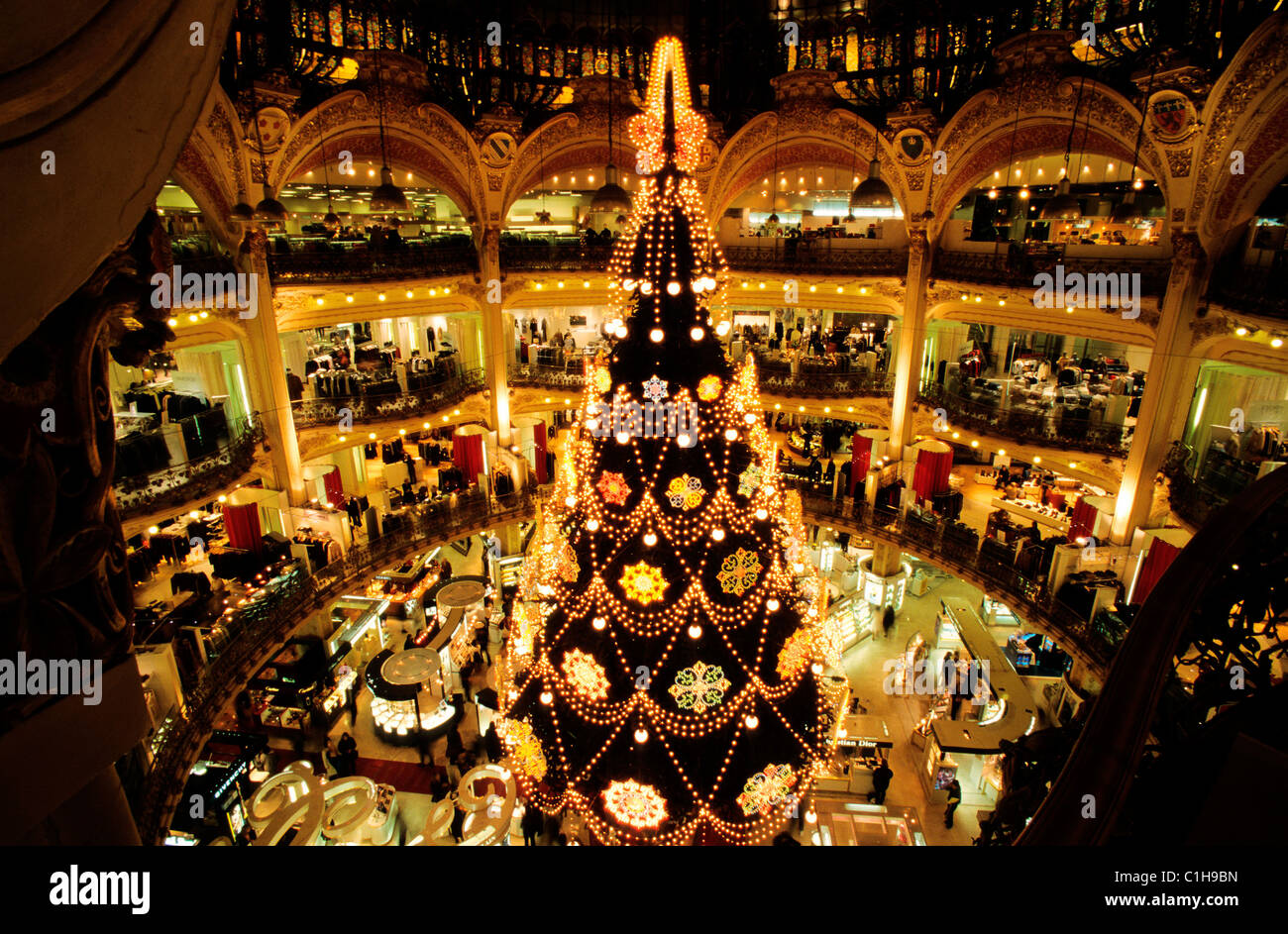 France, Paris, Christmas tree in Galeries Lafayette department ...
