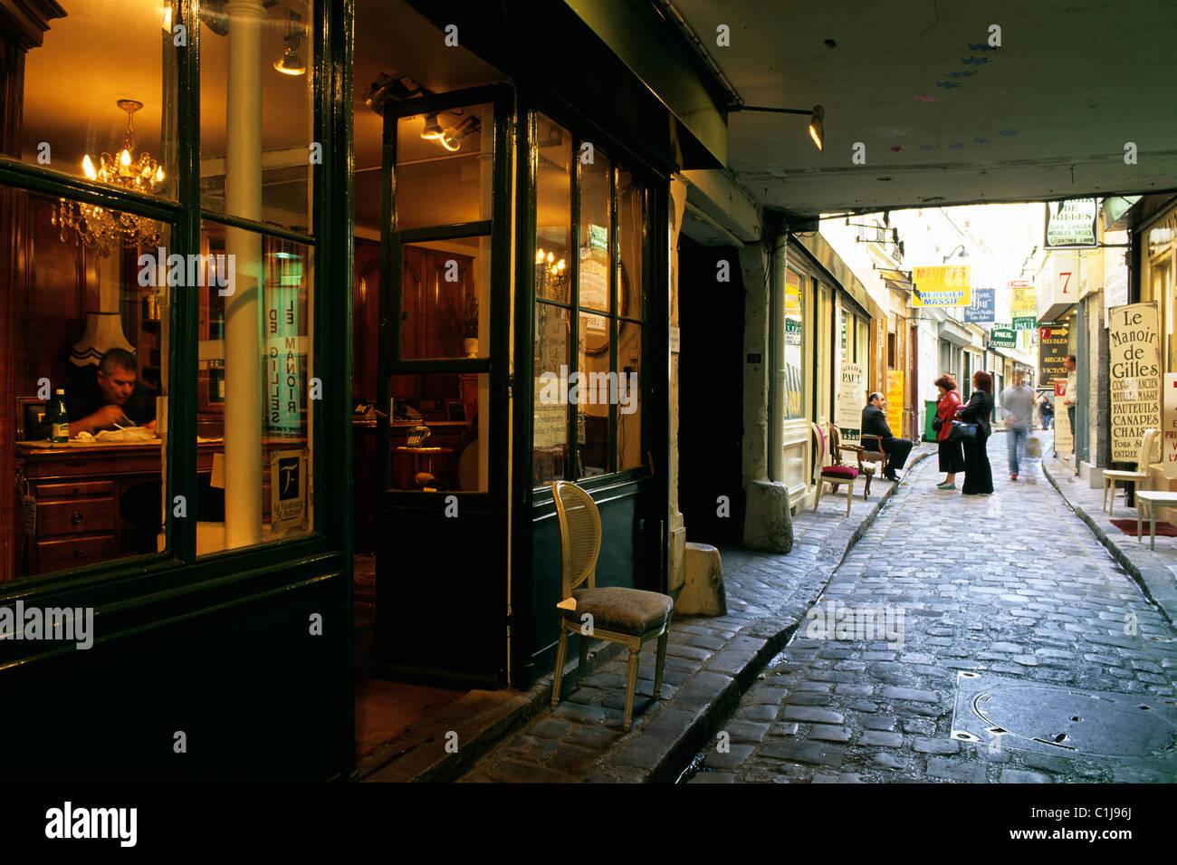 france paris faubourg saint antoine district passage du. Black Bedroom Furniture Sets. Home Design Ideas