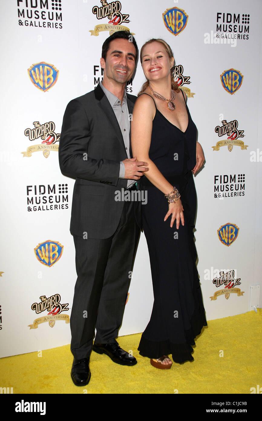 Nestor Carbonell, Shannon Kenny Warner Bros And FIDM ... Vera Farmiga