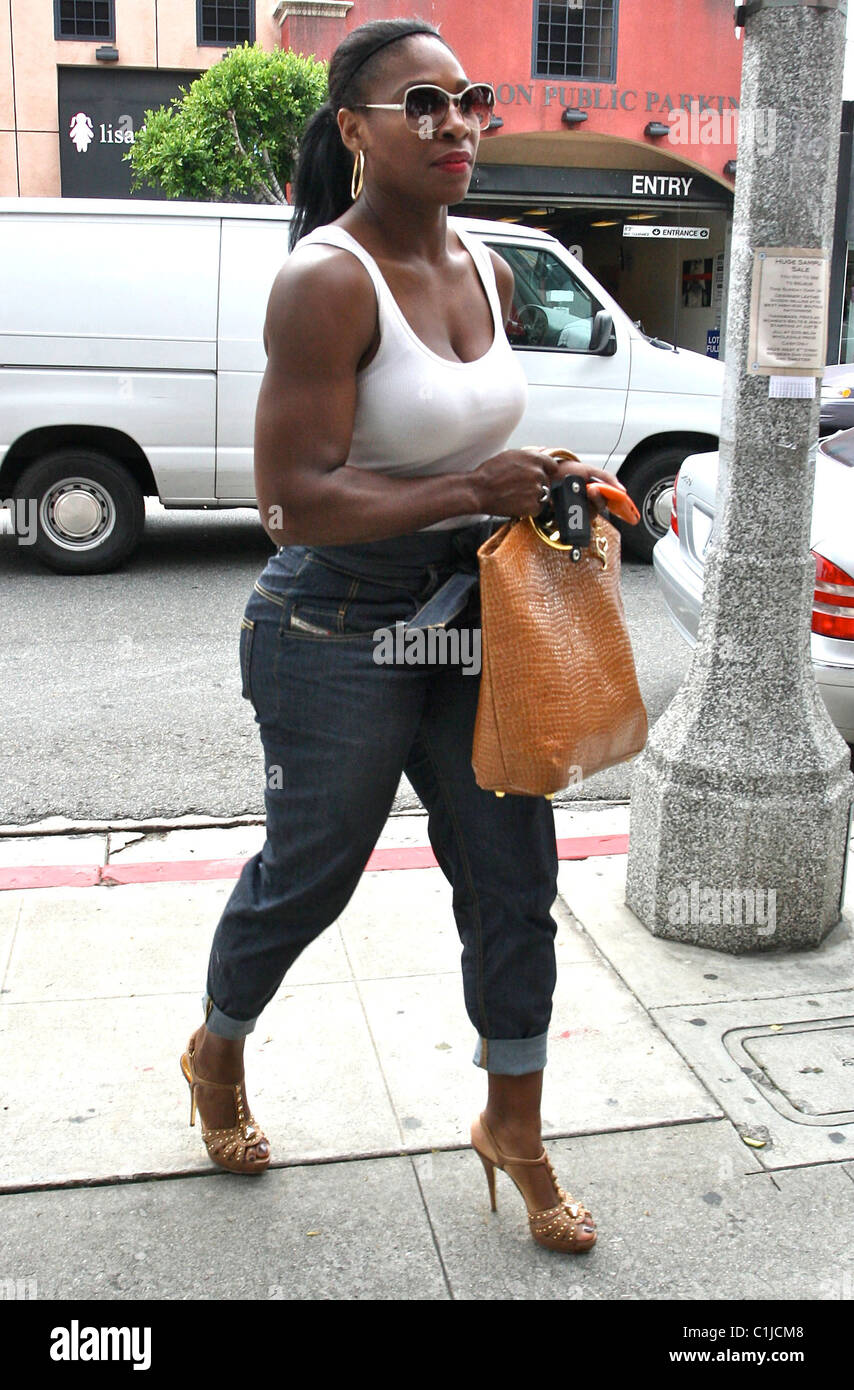 Serena Williams seen shopping for jeans at designer store True ...