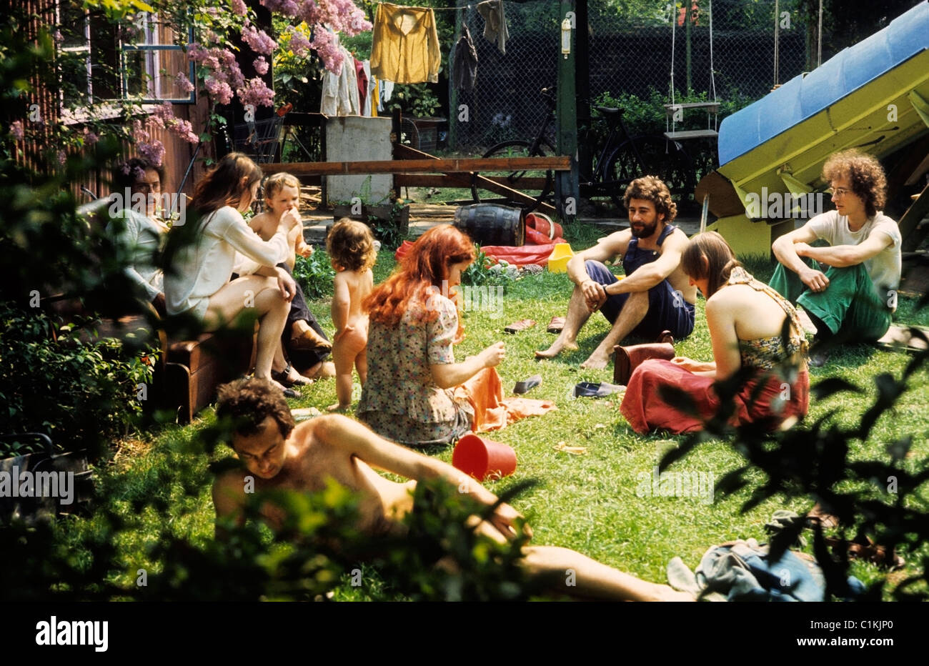 Related keywords suggestions for join a commune uk for Garden design 1970s