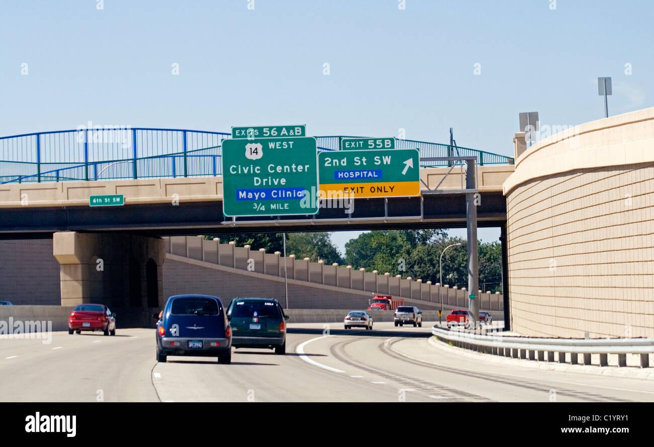 Mayo clinic nurse line rochester mn - Freeway Exit Sign For Mayo Clinic Rochester Minnesota Mn Usa Stock Image