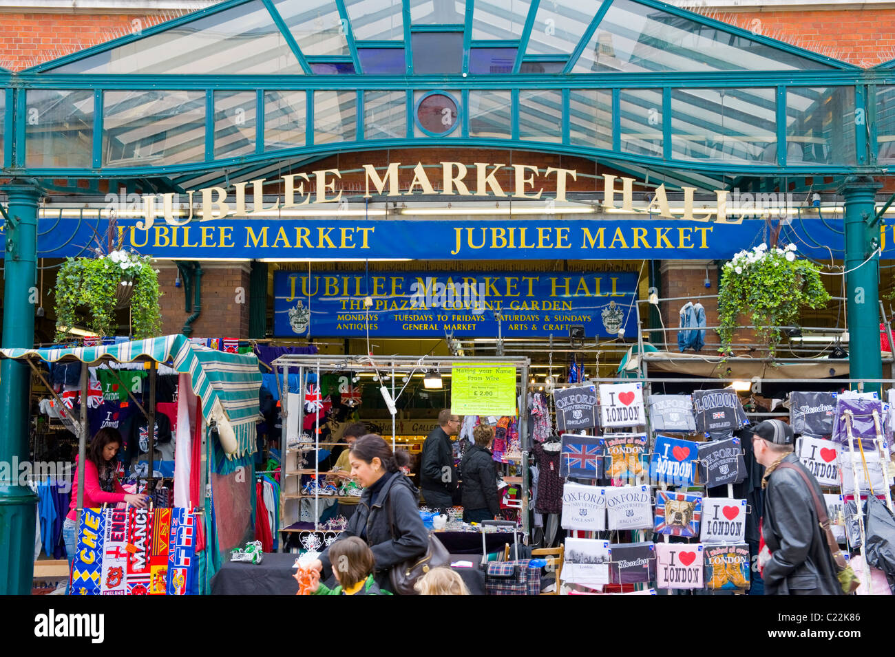 Covent Garden , Jubilee Market Hall with tourist shops or stalls ...