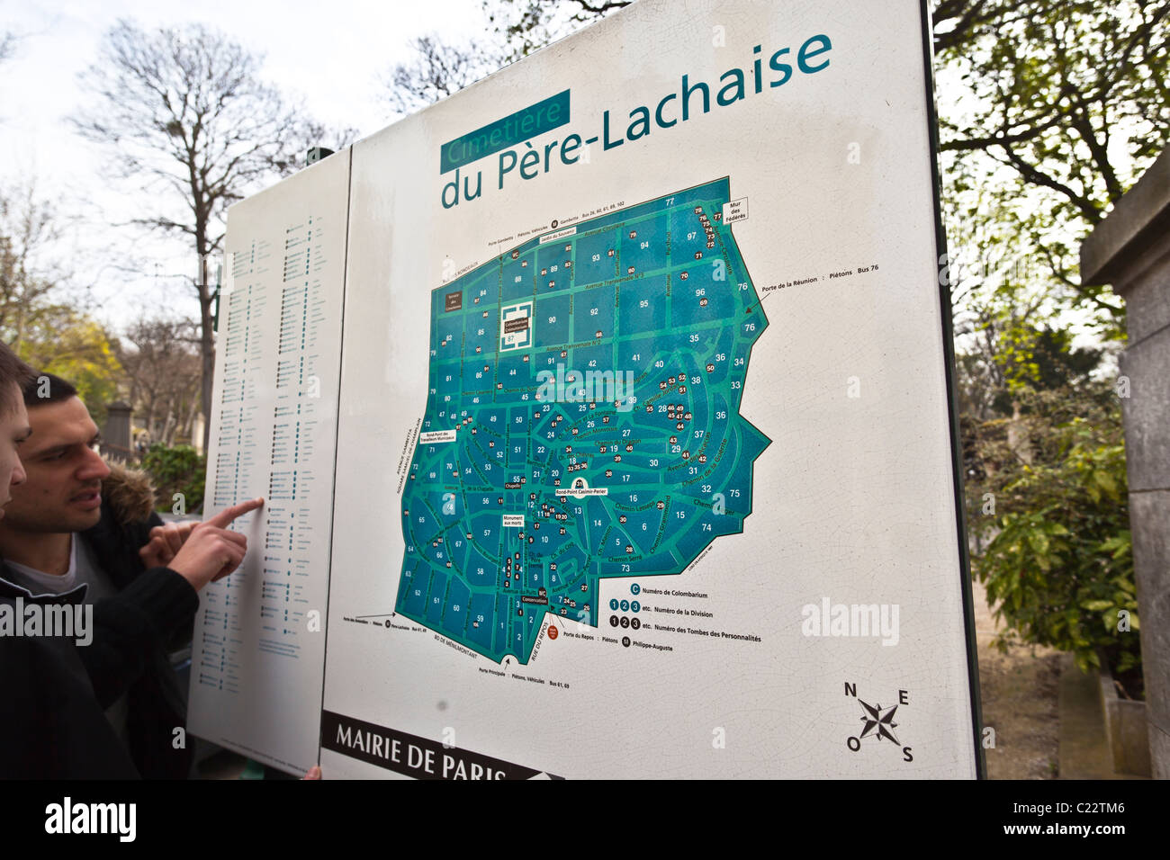 Top Tourists reading the map at Pere LaChaise Cemetery; Paris, France  QF57