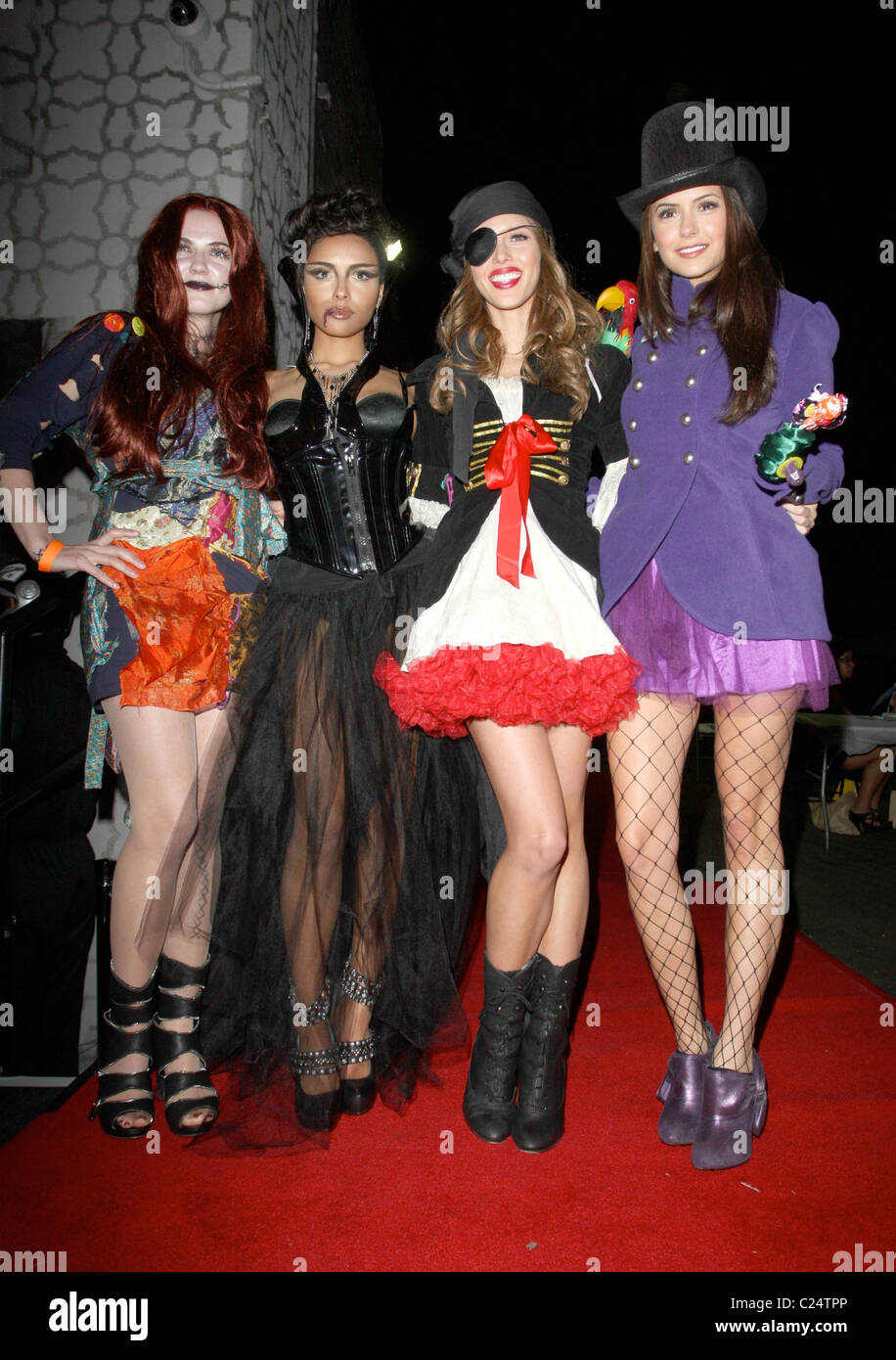 nina dobrev friends arriving at heidi klum 39 s halloween. Black Bedroom Furniture Sets. Home Design Ideas