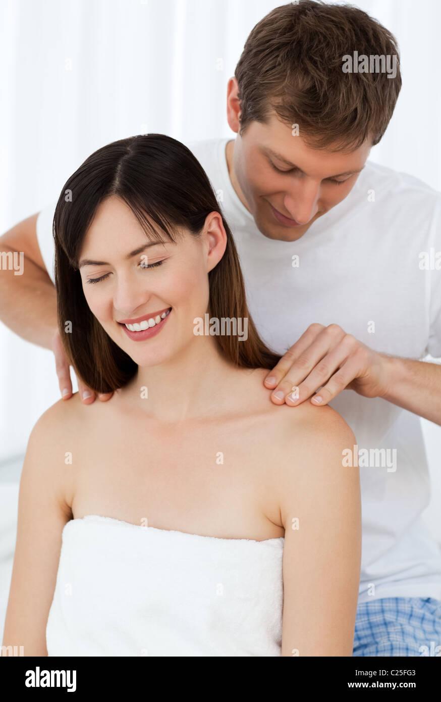 Смотреть порно помогите свою жену 28 фотография