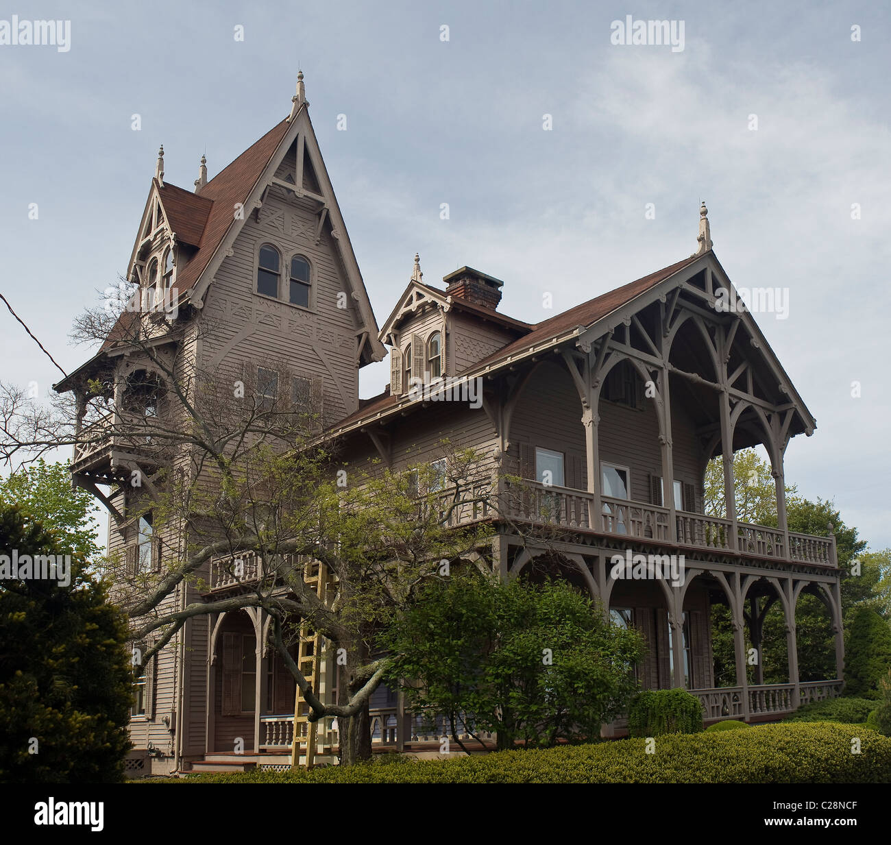 Old Gothic Victorian House near the 'Thimble Islands', Connecticut, USA -  Stock