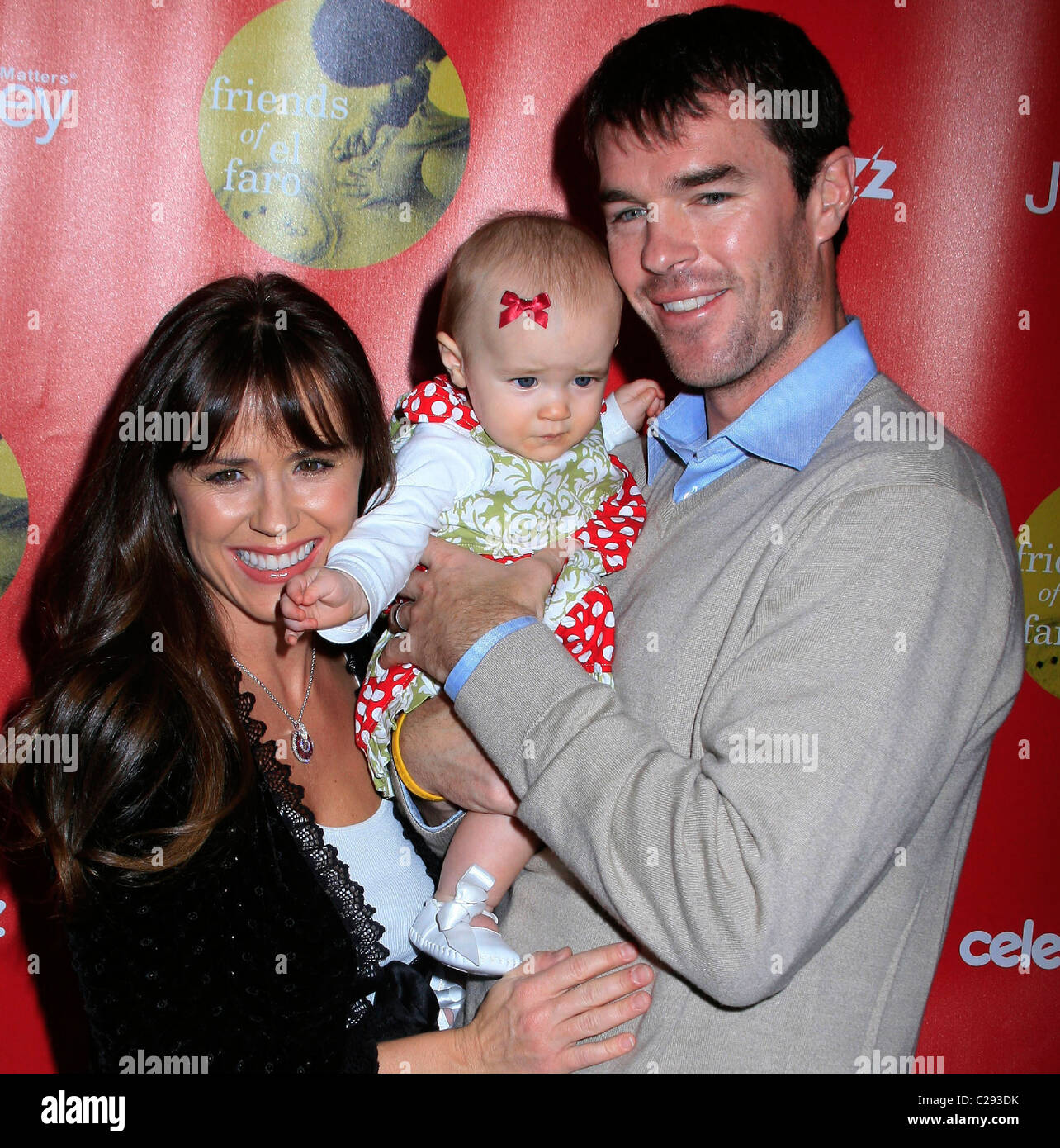 sutter stock photos sutter stock images alamy trista sutter ryan sutter and their daughter blakesley grace joy of giving event
