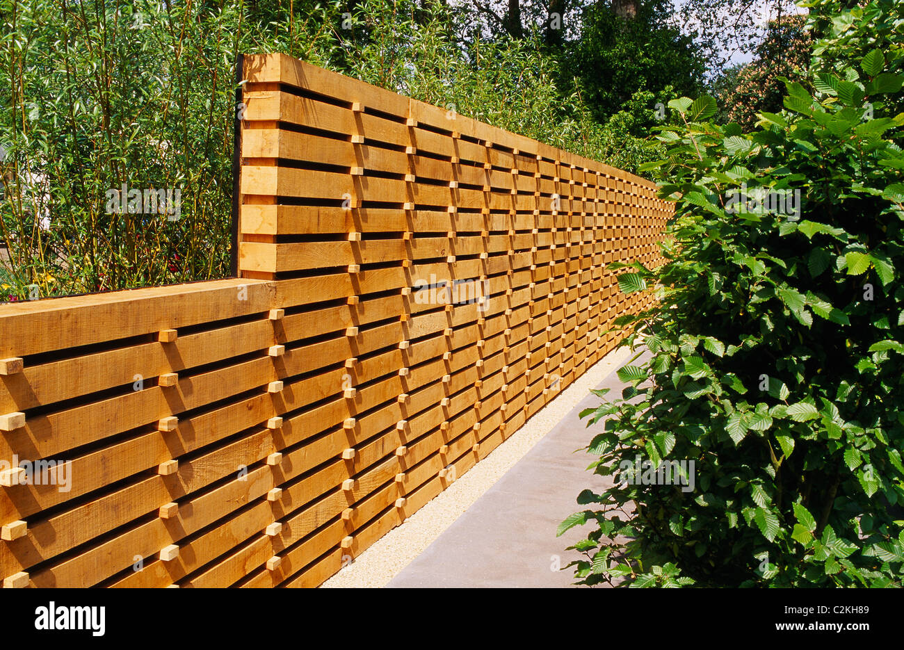 fence construction. contemporary wooden fence construction e