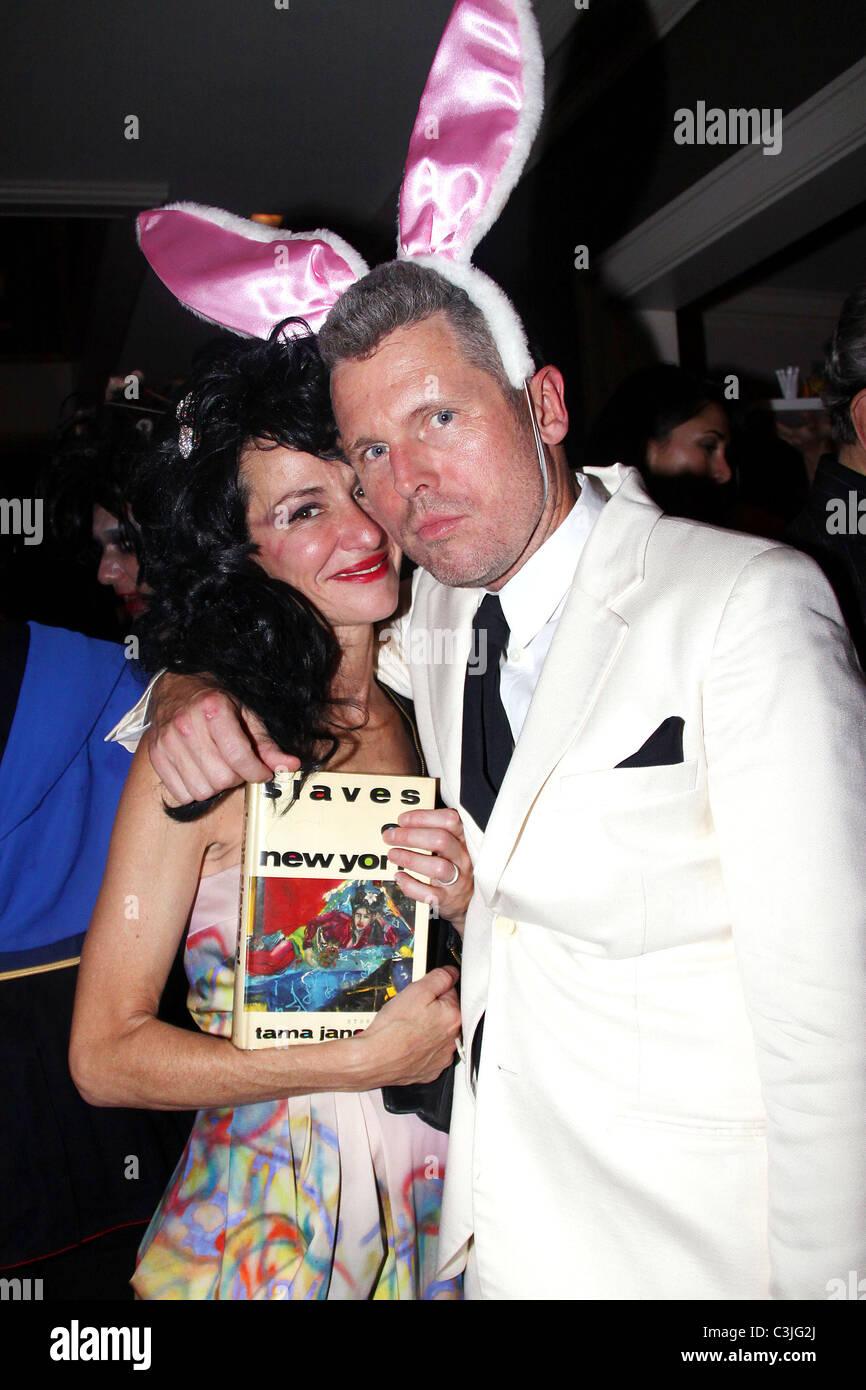 Cynthia Rowley and Bill Powers at Allison Serafim's Halloween ...