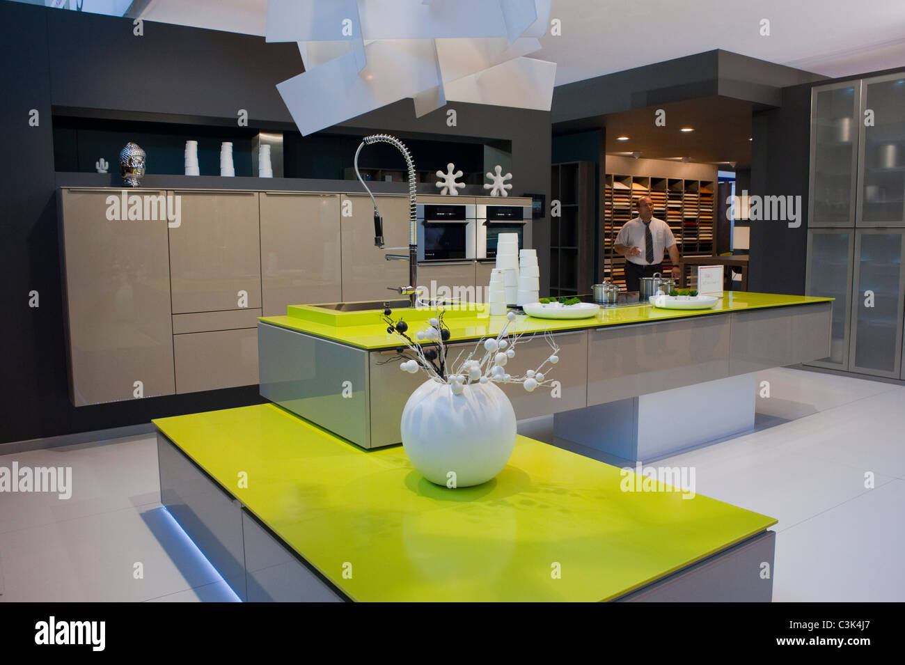 paris france contemporary design kitchen at trade show. Black Bedroom Furniture Sets. Home Design Ideas